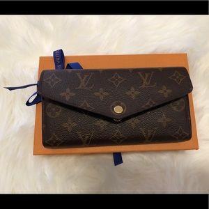 100% Authentic Louis Vuitton Sarah Wallet